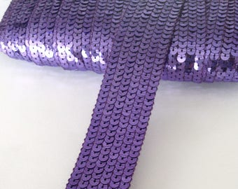 Round sequins, PARMA VIOLET, 6 rows of sequins tape, sold a Cup, in multiples of 20cm