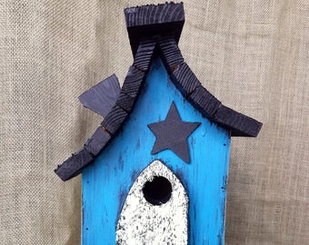 Colorful teal, rustic, hand-painted birdhouse. Hanger, easy clean out and Michigan made. Fast Shipping!