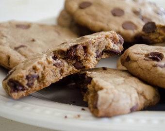 Low sodium (no salt!) chocolate chip cookies.  One dozen per order.