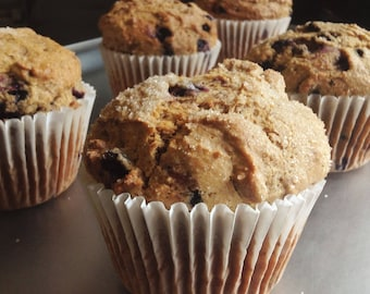 6 low sodium blueberry muffins made with Maine blueberries. Large, moist, dense breakfast!   Regular or whole wheat available.