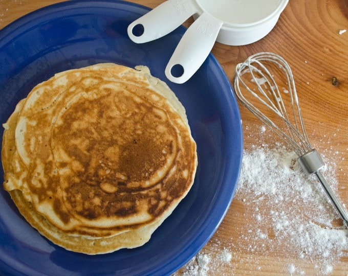 Low sodium (salt free!) pancake or waffle mix.  Makes 8 pancakes / hotcakes / flapjacks / waffles.  You add milk, eggs and butter.