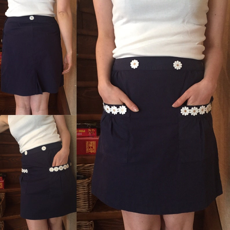 Vintage 90s customized spirit 60s Skirt Navy The little Daisies Made in India Madras cotton Mini KitschABrock Collection!