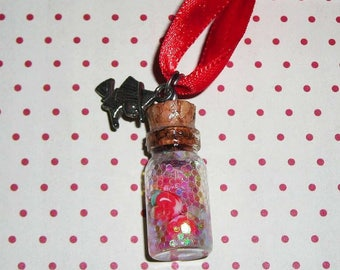 White necklace snow (bottle necklace)