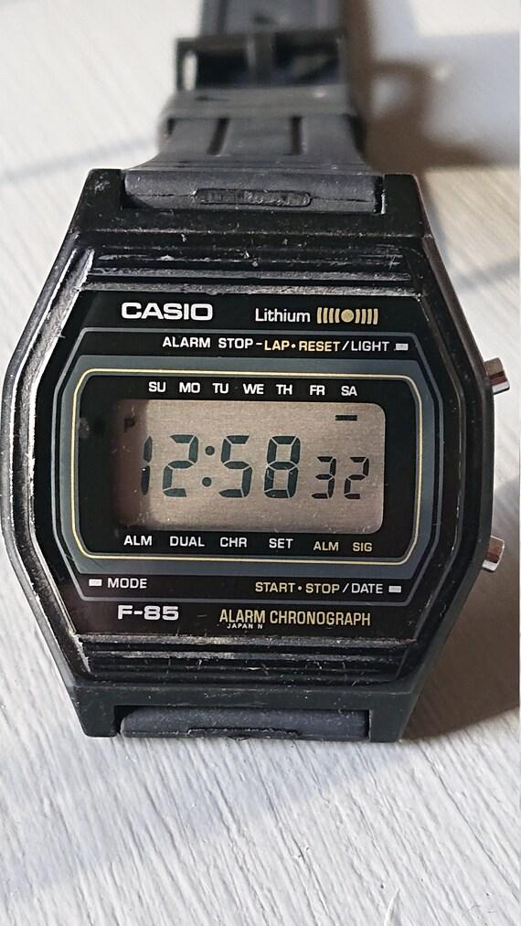 d61170949a7 Vintage Retro Casio F-85 montre numérique