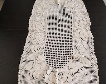 Decorative vintage crochet item