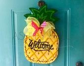 Free personalization pineapple door hanger