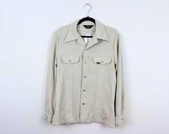 70s Lee Beige Shirt Jacket / Men's Size Medium / Classic / Trucker / Cool Guy / Polyester / Light Weight / Disco / Jeans / Western /