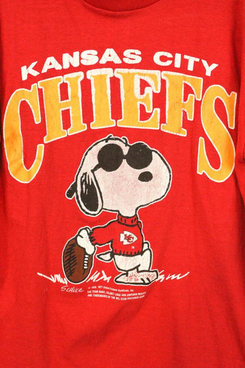 9f20d104f Vintage 1970s Snoopy Kansas City Chiefs Crewneck T shirt   Red