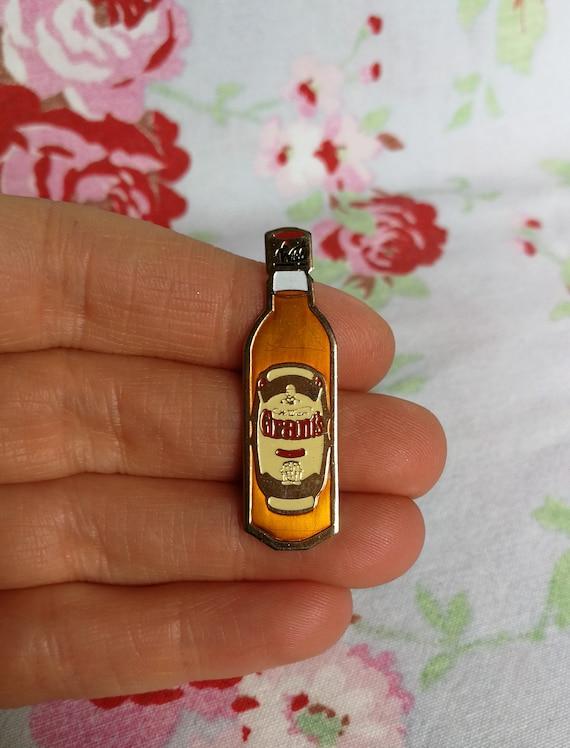 Rare Bud 'King Of Beers' Back Stamped Enamel Pin Badge