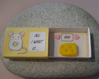 Valentine's Day Happiness box, Mouse and Cheese