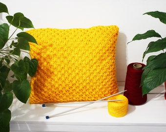 Yellow Cable knit pillow Home decor Knited pillow Dorm decor knitting pillow Rustic home decor Yellow Chunky knit pillow Decorative pillow