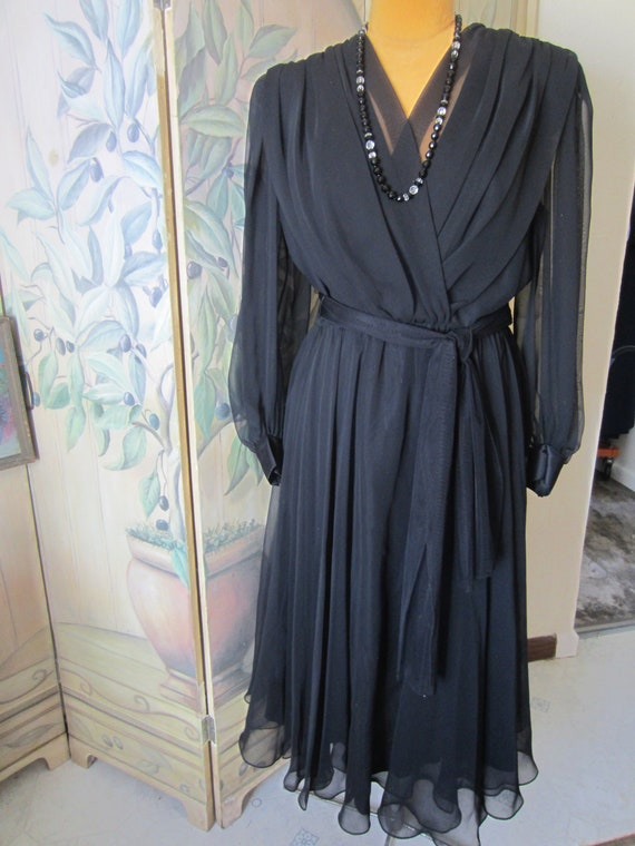 Stunning Black Chiffon 1990's Formal Dress/ Size 1