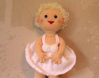 Marilyn Character Celebrity Doll / Knitted Marilyn Monroe Doll