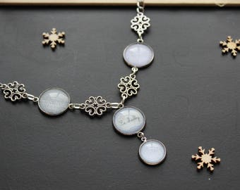Chic style linen, glass cabochon, silver necklace