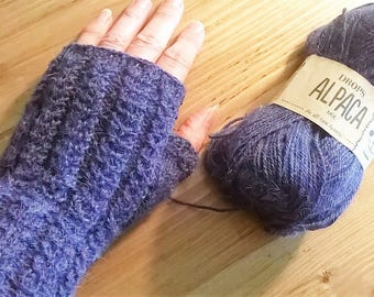 BLUE CABLE HAND KNITTED ALPACA MITTENS