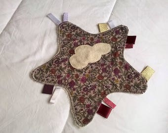 BABY TAGS BLANKET SO SOFT!