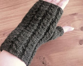 Hand knitted FINGERLESS Alpaca KHAKI twists
