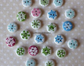12 buttons round Whitewood patterns snowflakes 15mm