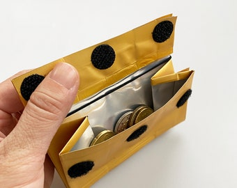 Design PORTEMONNAIE - 500g - with RFID protection from used coffee packaging/recycled material/everyday wallet - gold/black
