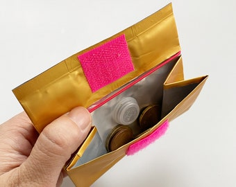 Design PORTEMONNAIE - 500g - with RFID protection from used coffee packaging/recycled material/everyday wallet - gold/neon pink