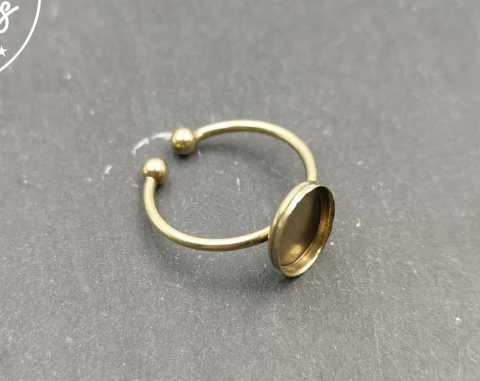 8x10x1.5mm fine oval ring support in brass trim - Size S