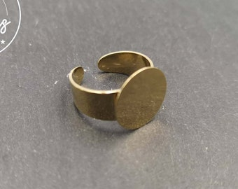 Adjustable ring with tray - brass gold finish