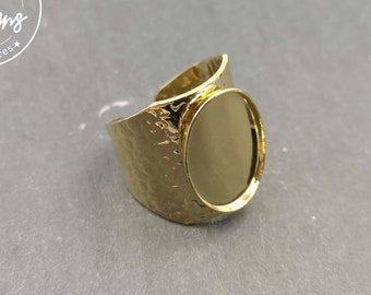Hammered ring with oval bowl 13x18x1.5mm brass finish Gold