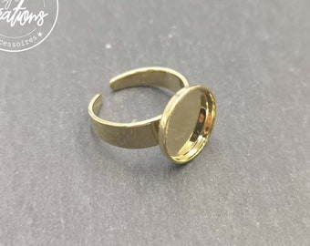 Round children's ring holder - 10mm brass gold finish
