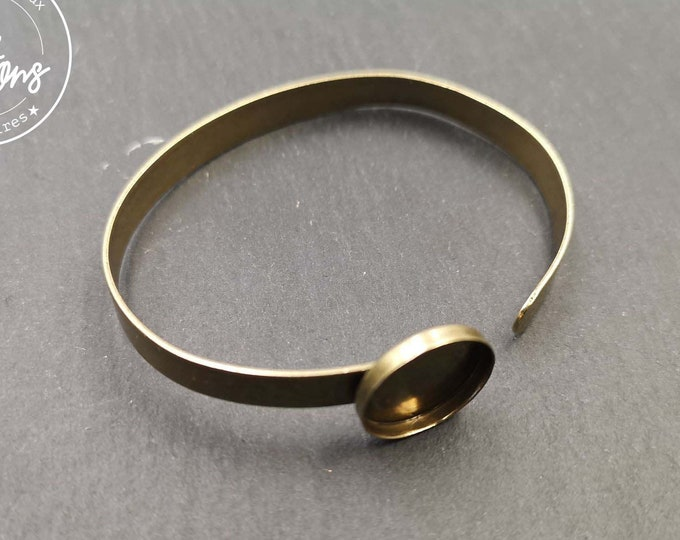 6.3x1mm ribbon bracelet with bowl - brass finish