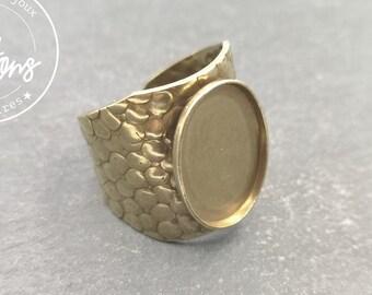Hammered ring knighthood (Cheetah style) - oval 13x18x1.5mm brass brass finish brass