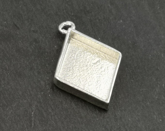 21x26x4mm diamond pendant in silver finish 925 - Made in france
