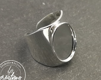 Oval knight ring 13x18x1.5mm in brass finish silver 925