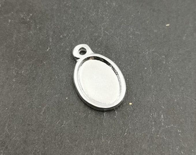Oval pendant - 10x13x1mm silver tin finish 925
