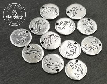 """Medal """"Salmon"""" - 12mm - iron finish antique silver - made in France"""