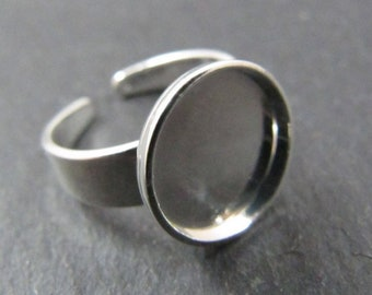 Round children's ring holder - 10mm brass finish silver 925