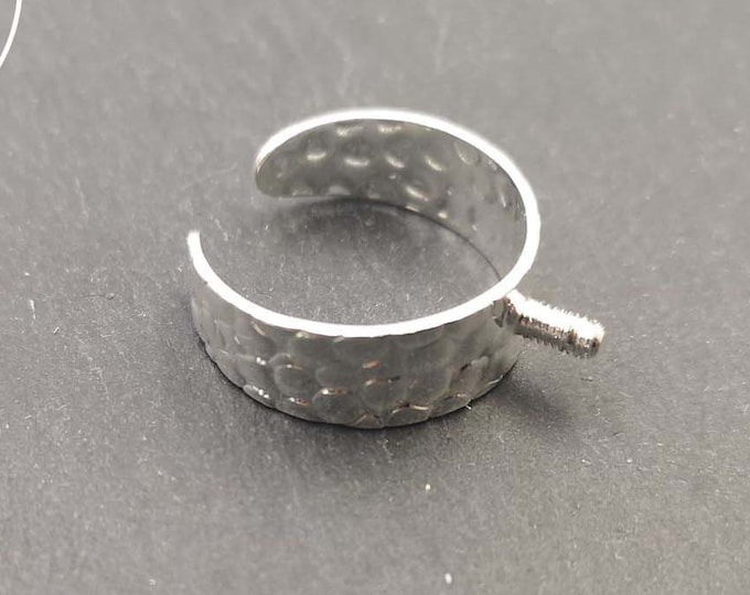 Support hammered ring (Cheetah) 8mm with screws 5x2,5mm brass silver finish