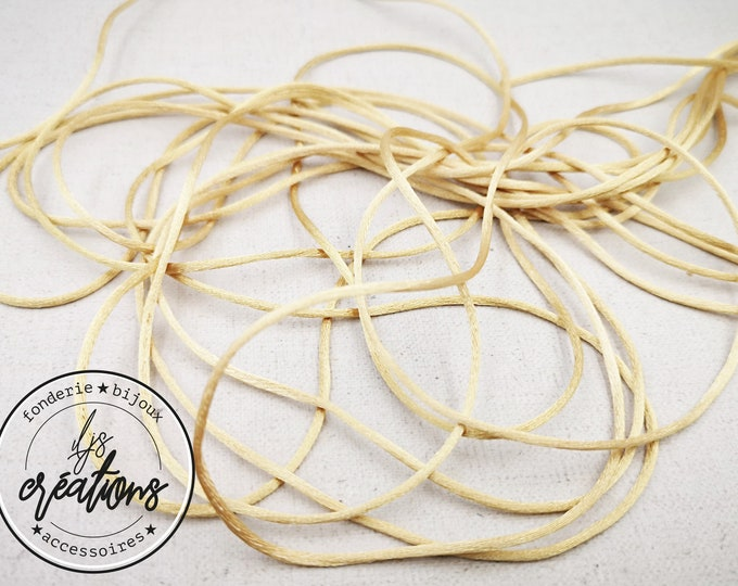 Reel end - 3m of mouse tail cord - frilly mark - golden yellow