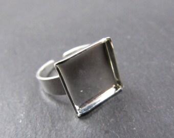 925 Silver finish brass 10x10mm square child ring holder