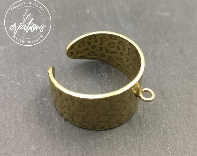 12mm hammered ring support with brass ring finish