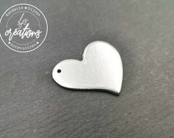 Raw tin plate to be engraved or hit with punch - to embellish your creations - Heart 29x37x1.5mm