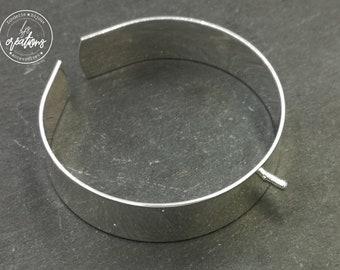 Bracelet with screw 2x5mm-brass finish Silver 925