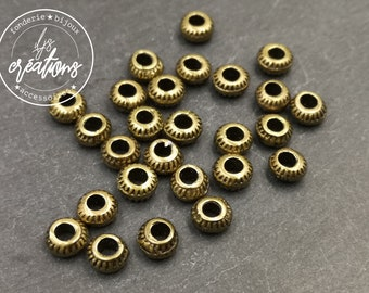 Pearl -6mm with hole of 3mm - tin finish brass - made in France