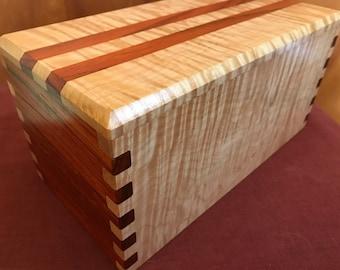 Hand-Crafted Museum Quality Hardwood Heirloom/Keepsake/Jewelry Box Chest