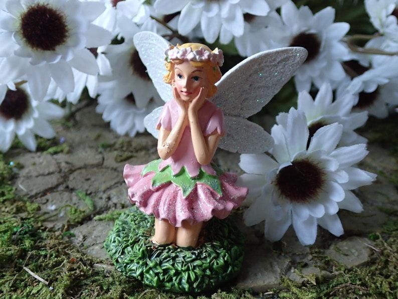 Miniature Dollhouse FAIRY GARDEN ~ Small Pink Flower /& Leaf Tea Set ~ NEW