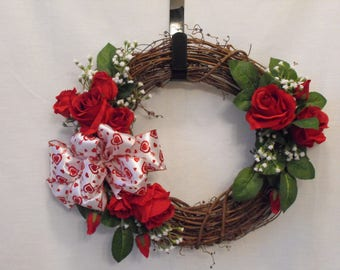 Valentines Day Wreath, Red Roses on grapevine wreath