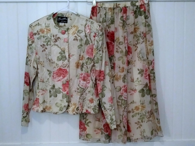 1980s vintage floral skirt and jacket two piece for spring by Special Times Patty O/'Neil size 12