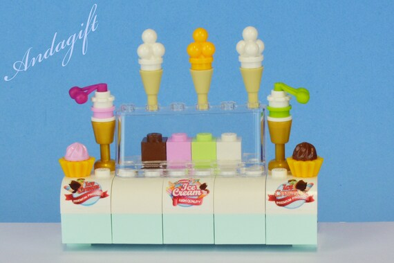 Ice Cream Stand w// Sundae Minifigure Candy Shop Counter Vendor Town City LEGO