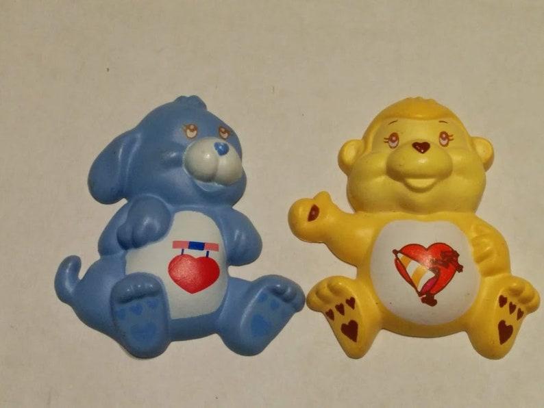 Vintage 1985 Care Bear Cousin PLAYFUL Heart Monkey /& LOYAL Heart Dog Lot of 2 Character Figural Plastic Magnet 3-D AGC