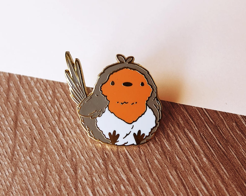 Fat Bird -Robin- Hard Enamel Pin - Gold Plated Lapel Pin