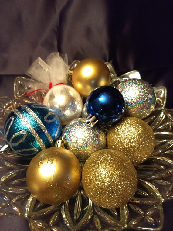 Assorted Vintage Christmas Decorations - Assorted Vintage Christmas Decorations Etsy